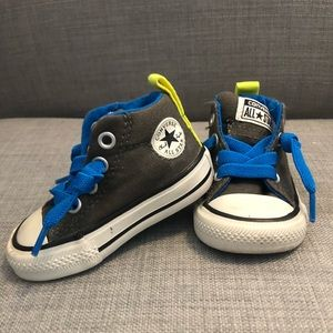 Converse All Star Baby Boy Hightops. Size 2